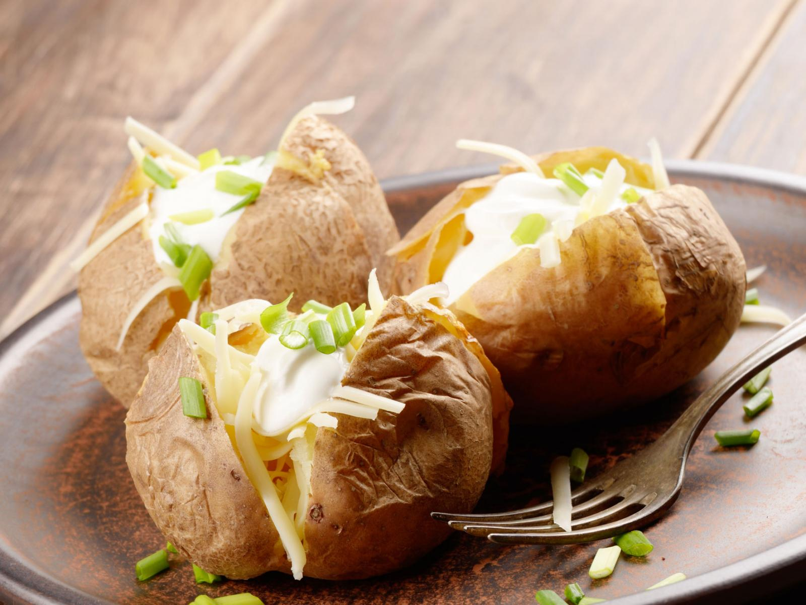 Farmers Easy Cheesy Christmas Dinner Baked Potatoes Recipe